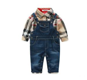 Primavera, Outono, Bebés Meninos Gentleman roupa do estilo Define Criança Meninos Camisa Xadrez Denim Suspender Calças 2pcs Definir terno infantil crianças Outfits