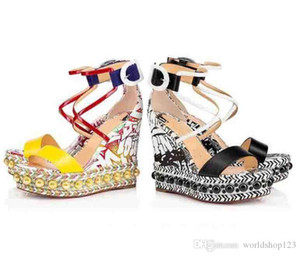 Perfeito Verão Ladies Red Shoes fundo para Couro Chocazeppa Gladiator Patent Sandals Graffiti de Mulheres do partido do vestido de casamento Originals Box