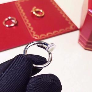 Nouveau Mode Bijoux Bague pour femme 316L clous en titane Bague acier clous à vide à anneau de placage ne se fanent jamais Gravure originale Sac en tissu pour les cadeaux