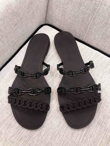 2020 Fashion High Jelly Quality Chain Slippers Women Flat Shoes Designer Summer Ladies Casual Beach Slides Sandals