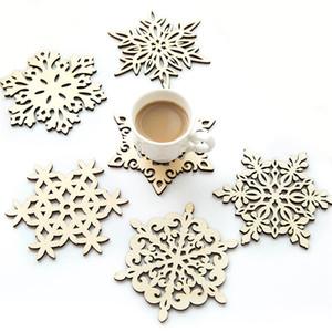 나무 눈송이 머그 컵 받침 홀더 세련된 음료 커피 차 컵 매트 크리스마스 테이블 장식 코스터 창조적 인 중공 컵 패드 DBC BH3522