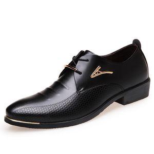 Business Dress Metal Men Formal Shoes Leather Oxfords Big Size 38-46 Mens Flats Black Brown Leather Wedding Shoes