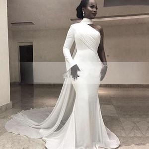 2019 Africano Bianco Collo Alto Satin Mermaid Abiti Da Sera Lunghi Una Spalla Increspata Sweep Train Formale Partito Red Carpet Prom Gowns