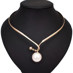 Alliage Perle Colliers Torques Simulé pendentif de femmes Design Simple Déclaration Collier en métal Designer Collier ras du cou Bijoux