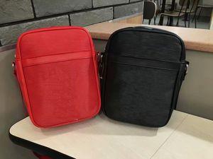 عالية الجودة بو المرأة / الرجال حقائب الكتف حقيبة فاخرة مصمم الصليب الجسم حقيبة المرأة حقيبة f1 الحقيبة حقيبة الكاميرا الصغيرة الصليب الجسم # 2358 جرام