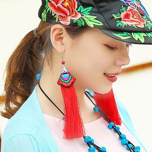 FRAUEN 2019 Charakteristische Volksbräuche Handgemachte gestickte Ohrringe Blumen-Troddel baumeln Cloth Ohrringe für Halloween Weihnachten