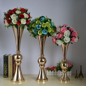 Nouveau style Or trompette Vase Porte-fleurs Chrome avec boule pour la maison de mariage Décoration Ormaments Arrangement de fleurs