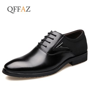 QFFAZ Luxury Designer Formal Men Dress Shoes PU Leather Classic Brogue Shoes Appartamenti Oxfords per l'ufficio delle nozze