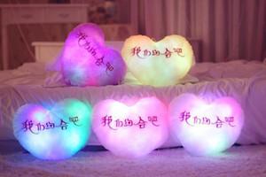 Xmas luminosa travesseiro bonito 30cm * 30 cm estrela coração urso pata levou luz almofada de pelúcia noite luz kids almofada christmas brinquedos DH0198