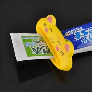 1pcs Bathroom Home Tube Rolling Holder Squeezer Easy Press Cartoon Toothpaste Dispenser Bathroom Accessories Color Random