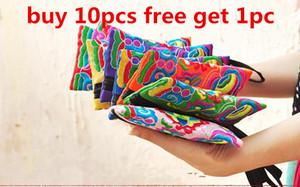 Cheap Style National Women Wallet Mobile Wallet Strap Strap Flowers Elegante Muñeca Clutch Handbag Pequeño Bolso Bordado Color Mini Bag GXQV