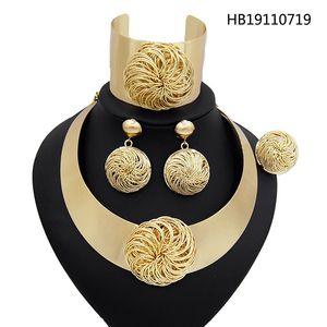 Conjuntos de Jóias Yulaili New Nigerian casamento Africano Dubai nupcial para Mulheres de Ouro e colar Big Brincos de Prata Pulseira Anel
