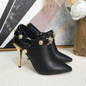 CALIENTE tobillo botas de cuero de las mujeres Negro Sole talón del cuero botas altas, otoño e invierno de la motocicleta Medio botas, botines Tamaño Señora de arranque 35-41