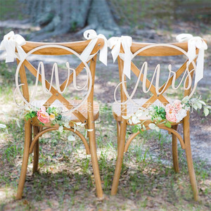 Sr. Sra. Cadeira Sinais Pendentes Woodiness Pingentes De Casamento Moda Enforcamento Ornamentos Popular Vender Bem Com Alta Qualidade 32jm J1
