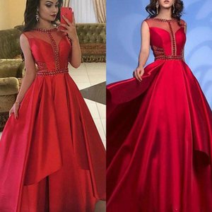Red Charme Una linea Prom Dresses su ordine del partito di cerimonia maniche degli abiti di Sheer Cristalli Jewel Neck raso formali Abiti da sera