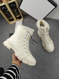 Sapatilhas retros altos-top para as mulheres, botas quente tornozelo Interlock, grossos sneakers senhora inferior recreativas altura crescente sapatos