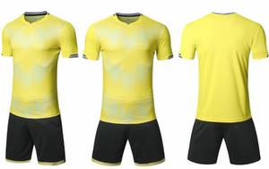 2020 hommes sport d'équipe de football personnalisés Football Maillots Avec Shorts formation jersey Maillots personnalisés Shorts de football uniformes de fitnes yakuda