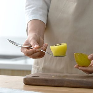 Edelstahl Güllelöffel Multifunktions Kiwifruit Grablöffel Doppelkopf Baby Ergänzende Fütterungswerkzeuge Neue Ankunft 4 5wg L1
