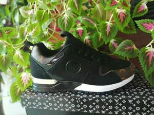 Yeni erkek ve kadın Run Away Sneakers Tasarımcı Erkek Kadın Low Cut Rahat Koşu Ayakkabıları Lüks Unisex Zapatillas Deportivas Spor Ayakkabı 36-44