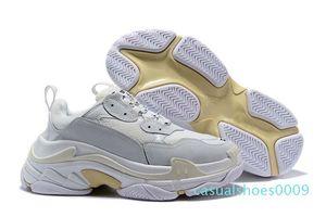 2020 Fashion Paris 17FW Sneaker Triple-S Triple S Papa pour les femmes Beige Casual Sport Hommes Tennis Luxe Designer Running Shoe 36-45 09c