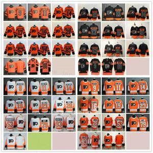 Philadelphia Flyers Hockey 23 Oskar Lindblom 28 Claude Giroux'nun 88 Eric Lindros 53 Shayne Gostisbehere 79 Carter Hart 93 Jakub Voracek Formalar
