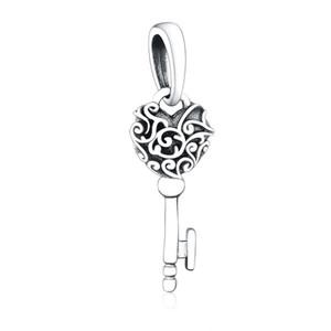 Nuevo auténtico 925 plata esterlina Bead Charm Vintage Encajework amor corazón Regal Llavero Collar Colgante Fit Marca Encanto Pulsera Bricolaje Joyería