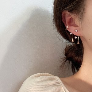Charm Gold Tassel Earrings For Women Fashion Jewelry Korean Ladies Piercing Earings Snowflake Chain Stud Earring Jewellery
