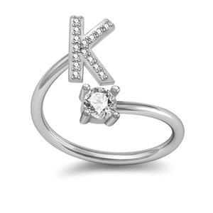Nuevo anillo de plata Tamaño abierto Anillos de diamantes de imitación para las mujeres Regalos del banquete de boda 26 letras anillo ajustable de la declaración