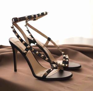 Tacchi di lusso della Women Rock Studs Strappy stiletto Per nuziale della signora Rivetti sandali degli alti talloni Sandali Mujer partito con scatola, sacchetto di polvere