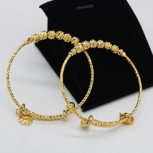 Baby Bangle Lovely Children beads con diseño de campana de corazón 18K Gold Gold Filled Classic Kids Brazalete de ajuste Dia 53mm