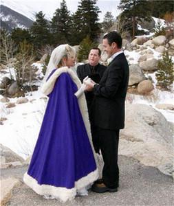 جميلة الزفاف كيب أبيض طويل الزفاف عباءة فو الفراء مع الساتان الدافئة لفصل الشتاء الزفاف الأغطية بوليرو مقنعين