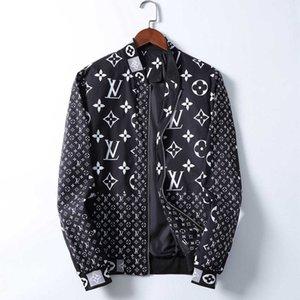 Fall Winter 2020 luxury designer long-sleeved Medusa jacket, men's causal hooded outdoor jacket, men's thin trench coat zipper jacket