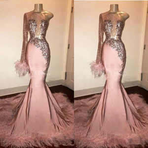 Glitter Sequin Prom Dress Long Sleeve Mermaid Pink Black Girl with Feathers Train One Shoulder African Formal Evening Gowns vestido