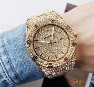 Montre homme de luxe entièrement givrée avec quartz de 42 mm de diamants Montre avec bande pleine de diamants Quartz en acier inoxydable Saphir