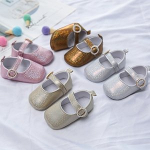 Baby Shallow Princess Shoes Prewalkers Newborn Girls Pearl Buckle Shoes Fashion Glossy First Walker Baby Kids Girls