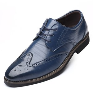 2019 Fashion Man Formal Shoes High Quality Breathable PU Leather Personality Men Business Dress Loafers Oxford Wedding Shoes 2