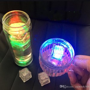 cubo RGB flash de LED se enciende lámparas de flash cubos de hielo líquido del agua del sensor sumergible Barra de luz LED para la fiesta de boda Club Tower Champagne