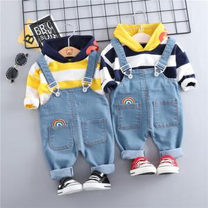 Hylkidhuose 2019 Bebés Niños Ropa Conjuntos Con Capucha Camiseta Bib Pantalones Niño Ropa Infantil Trajes Niños Niños Traje Y190518