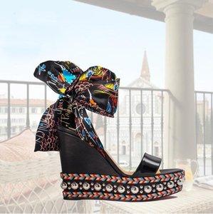Yaz Kadın Kama Açık Burun Emaye karışımlı kumaşlar çevrelenen Şık Stil Kırmızı Alt Levantinana Sandalet Graffiti Bilek Kayışı Yüksek Topuklar