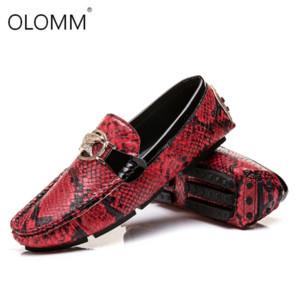 Uomini Mocassini di guida scarpe morbide scarpe casuali degli appartamenti degli uomini di cuoio dei fannulloni grande formato 38-48 slip maschio su pelle di serpente