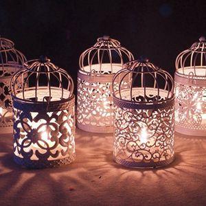 중공 캔들 홀더 금속 화이트 Tealight 촛대 중공 꽃 패턴 새장 촛대 크리스마스 요정 웨딩 파티 장식