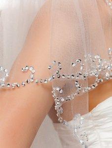 New Amazing White Ivory Wedding Veil Longueur du poignet à deux couches Voile de mariée Vente chaude Sequin Perlé Fleur Main Fait À La Main Avec Un Peigne En Alliage