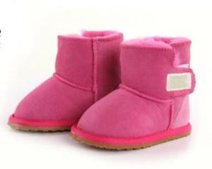 2018 حذاء الثلوج طفل كلاسيكي البقرة نمط جلد الغزال للماء الشتاء الدافئة في الركبة أحذية طويلة طويلة العلامة التجارية Ivg زائد