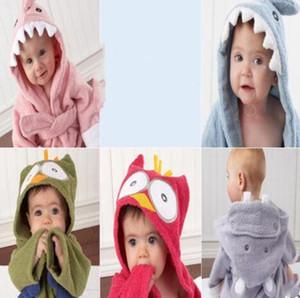 Kid Пижамы Cute Animals Kid Халат фланель Дети Теплая пижама Длинные Cartoon Полотенце с капюшоном Пижама Акулы Кролик Пижамы WY37Q