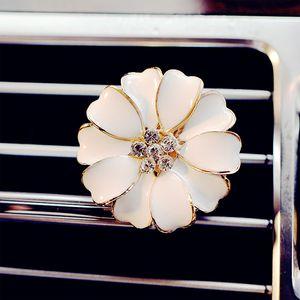 Carro Perfume Clipe Casa Difusor De Óleo Essencial Para O Carro Tomada Clipes de Medalhão Flor Auto Purificadores de Ar Condicionado Ventilação Clipe novo GGA2580