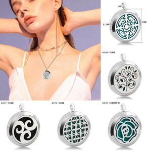 Essential Oil Pendant 30mm Premium Aromatherapy Essential Oil Diffuser Locket Pendant Necklace Pendants Jewelry Novelty Items OOA8038
