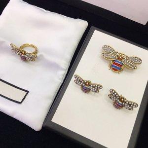 Fashion brand design ring retro pearl Bee Earrings women's doubles G opening ring temperament women's diamond brooch