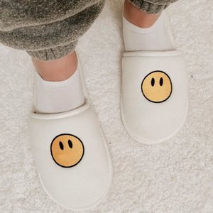 19SS JUSTIN BIEBER Embroidery Home Slippers House Hotel Slippers Flip Flop Hip Hop Men Women Unisex Fashion Free Size HFYMXZ053
