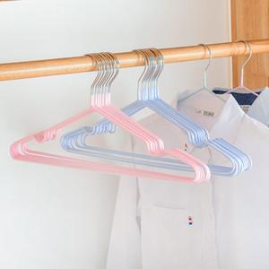 10Pcs / Set Haushalts-Metall-Kleiderbügel Anti-Skid-windundurchlässige Kleiderbügel Eisen verdicken Kleidung Support-Racks No Trace Kleiderständer BC BH1207