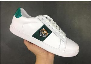 2019 Mens designer shoes Casual Shoes white women sneakers good embroidery bee cock tiger dog fruit on the side snake zapatos 36-45